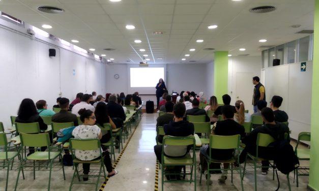 """Charla-coloquio de la Concejala Pilar Álvarez León: """"Tu ciudad y el medioambiente"""""""
