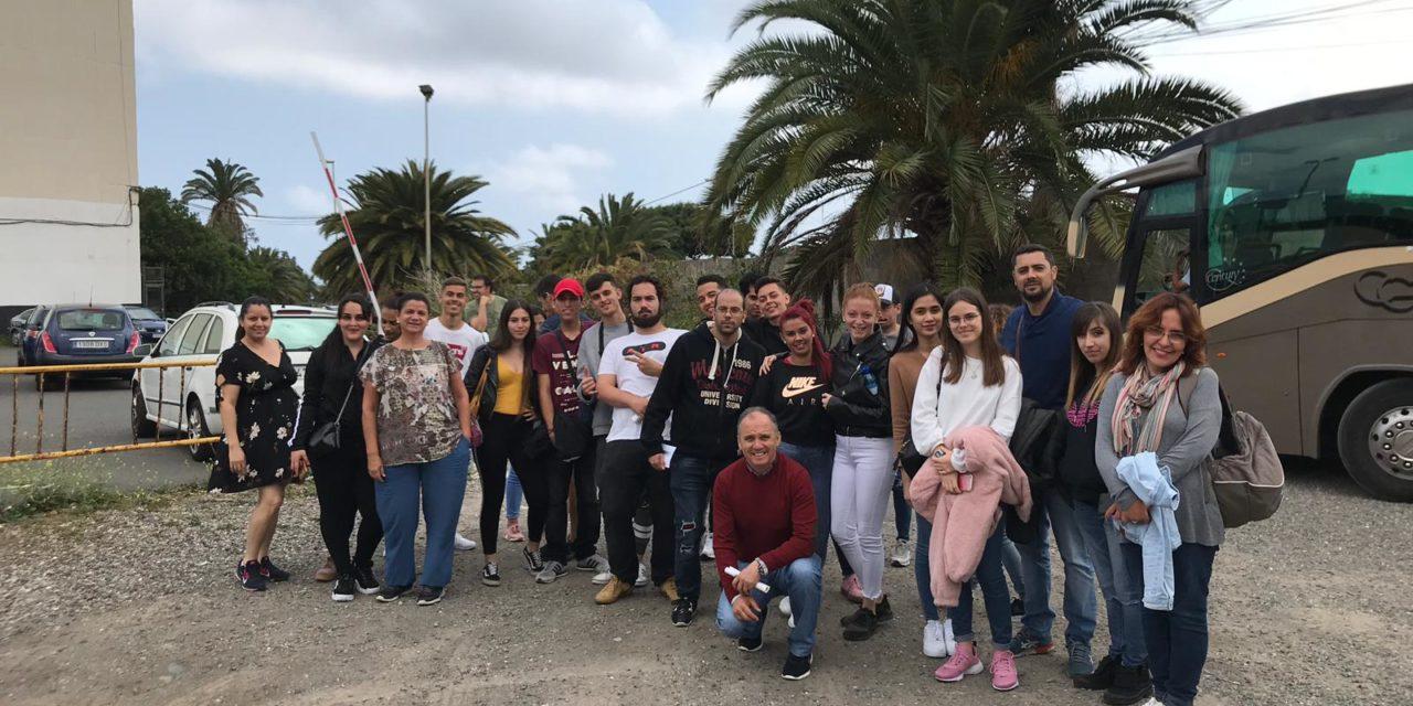 Visita a la Jornada de puertas abiertas del IES Felo Monzón